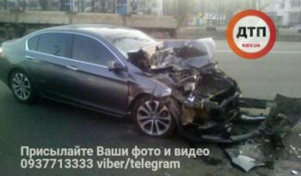 Гонки зі стріляниною в Києві: винуватець самознищився об маршрутку