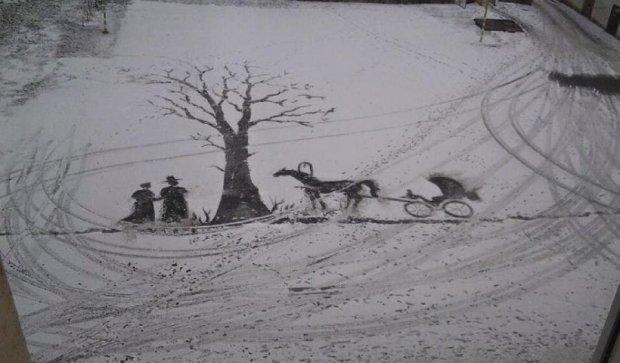 Двірник малює картини мітлою (фото)