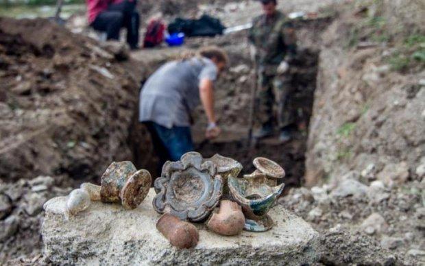 Стародавнє кладовище і золото: будівельники метро відкопали щось неймовірне