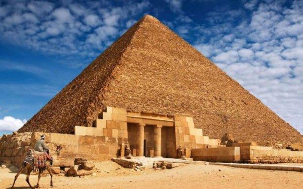 Уфологи назвали истинное предназначение пирамид