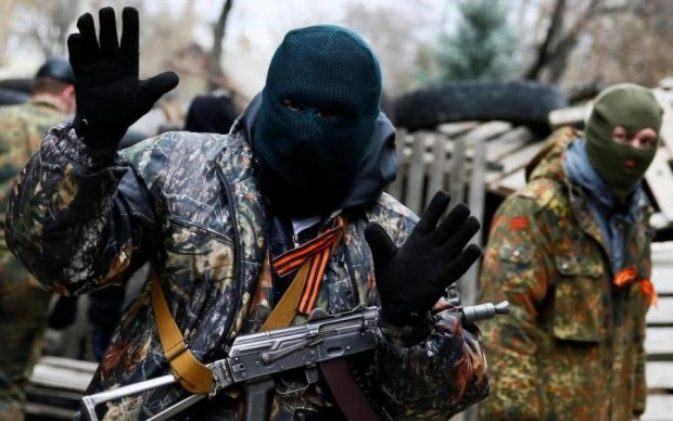 Навіть ручку від дверей забрали: бойовики цинічно обчистили гордість Донецька