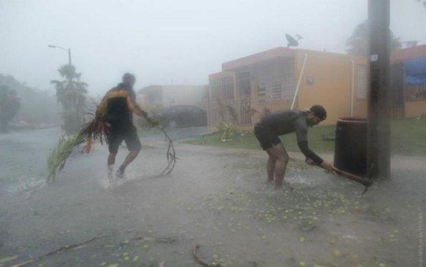 Французи підрахували збитки від урагану століття