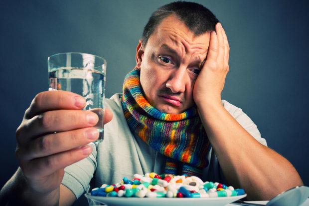 В Украину идут сразу три штамма гриппа: как уберечь себя и близких