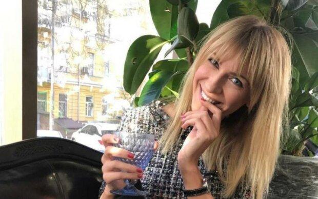 """Леся Никитюк: от """"Орел и решка"""" до фото в стиле ню - вся биография ведущей"""