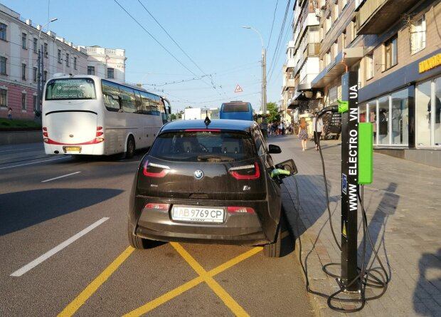 В Украине выпустили электромобиль: как выглядит первая чудо-машина