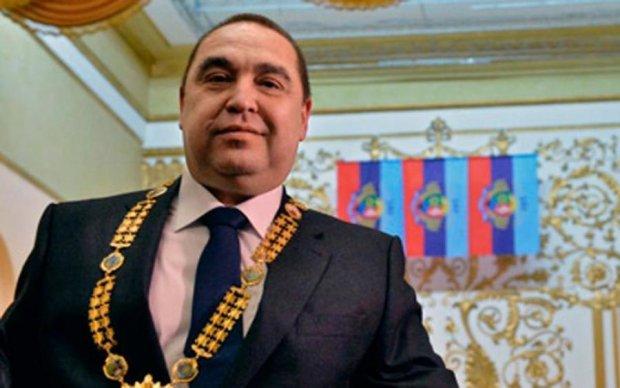 Украинцам показали, как суд спонсирует оккупантов