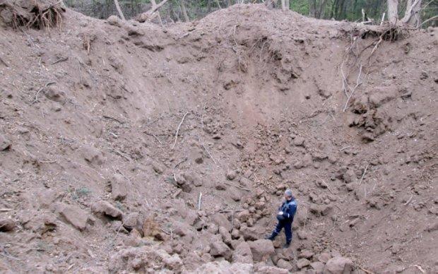Спасатели ликвидировали авиационные бомбы на Виннитчине: видео