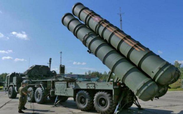"""Негаряча фаза війни: навіщо Росії """"озброєний"""" Крим"""