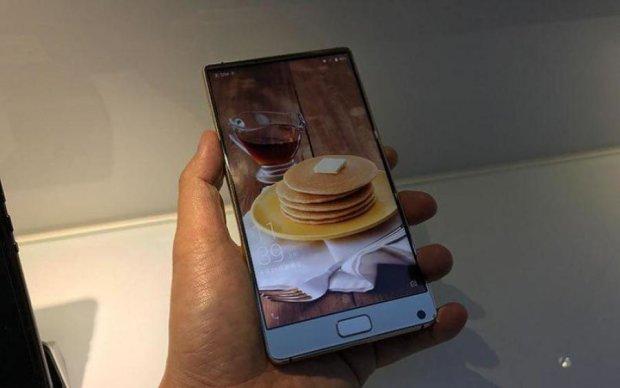 Китайці показали бюджетну версію Samsung Galaxy Note 8