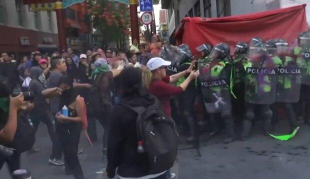 Протест / скриншот из видео