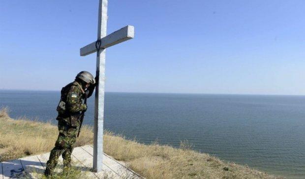 Под Одессой открыли памятную доску украинскому герою