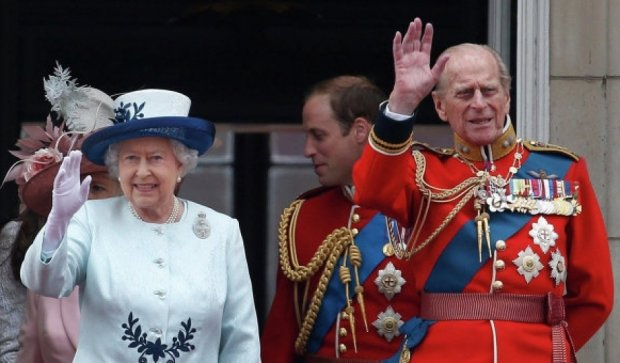 Єлизавета ІІ взяла участь у параді на честь закінчення Другої світової