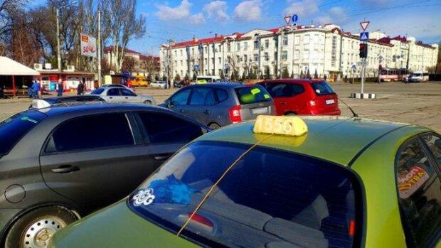"""Запорізькі таксисти й євробляхери об'єднаються для масових протестів, - """"втомилися терпіти"""""""