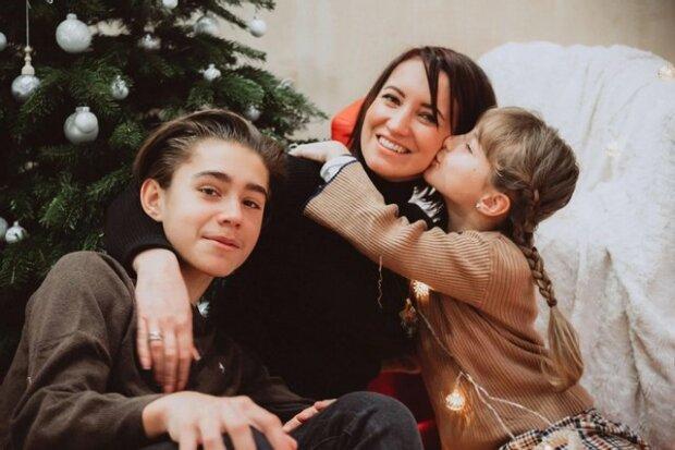 Наталья Крушеник с сыном и дочкой, фото: Instagram