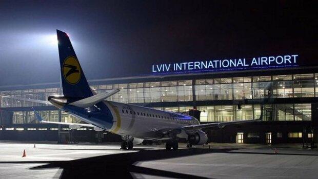Из аэропорта во Львове резко исчезли сотни украинцев