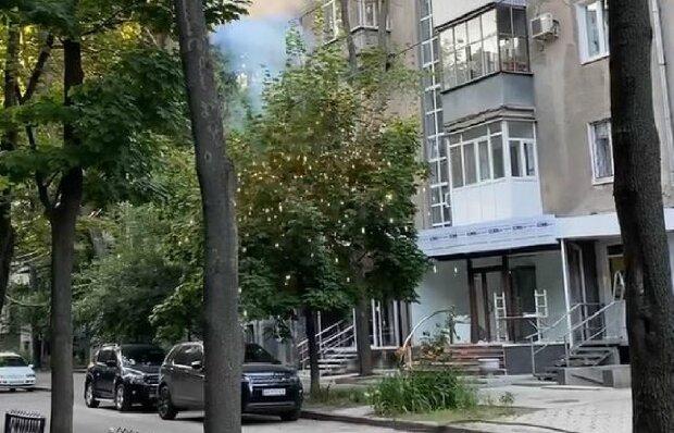 Обірвалися дроти в Харкові, скріншот: YouTube
