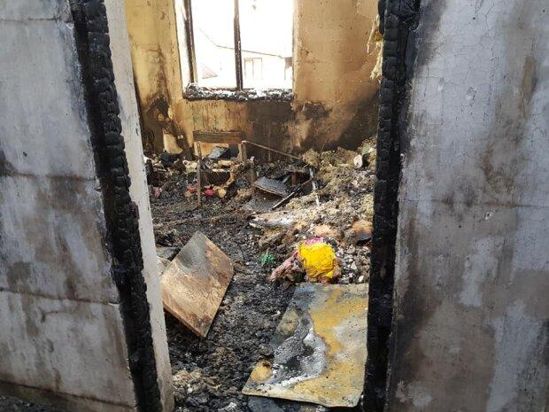 Пожар у Василия Коряка, фото Facebook