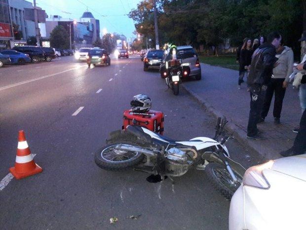 Відлетів на 40 метрів: жахлива ДТП у Києві згубила здоровий глузд