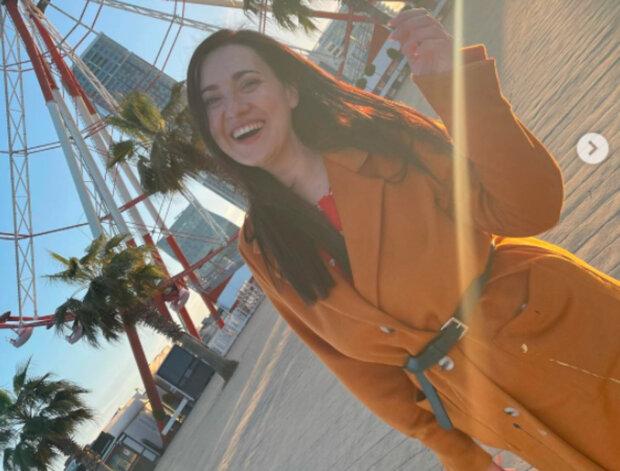 """Соломия Витвицкая в оранжевом ворвалась в Пасху: """"Привет, Грузия!"""""""