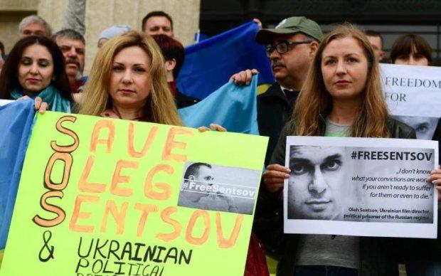 #FreeOlegSentsov: Омбудсмена Денисову не пустили до Сенцова