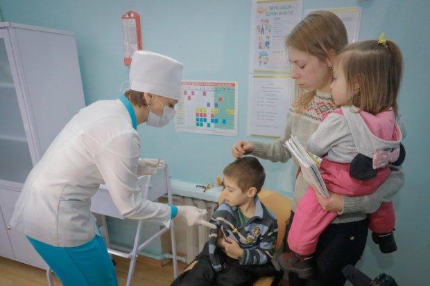 Епідемія кору захоплює Україну: люди вмирають, а медики безсилі