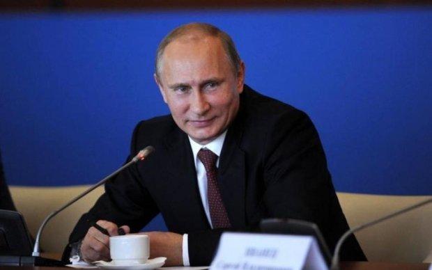 """Россиянок не хватает: Путин раздал """"план работы"""" женщинам с Донбасса"""