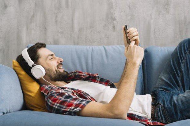 Смартфоны научили обманывать человеческий слух