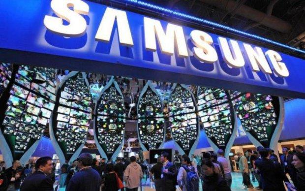 """Samsung готовят к выпуску новинку с """"раздражающей"""" деталью"""