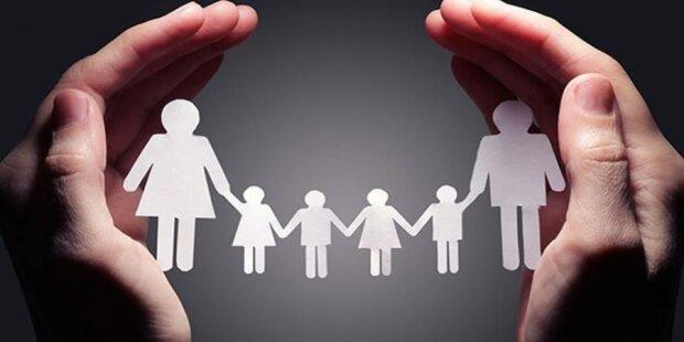 Пільги багатодітним сім'ям в Україні: як отримати