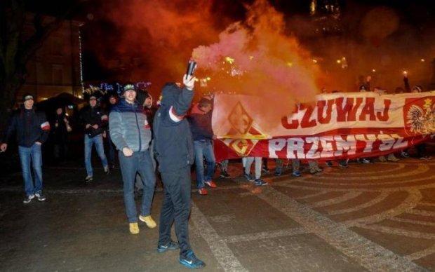 Польские радикалы протестовали против украинских мигрантов