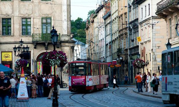 У Львові зник чоловік з дивовижними очима - в нього закохувалися всі жінки
