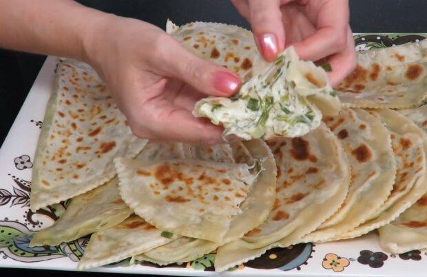Кутабы с сыром и зеленью, скриншот видео