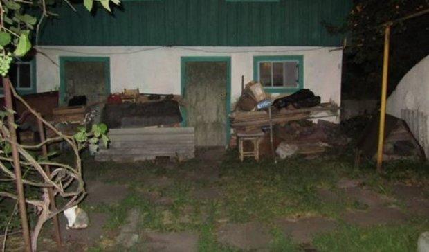 Киевский грабитель избил женщину за велосипед