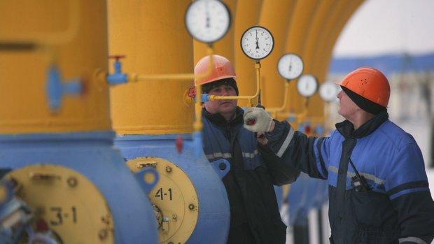 Цены на транзит газа обвалились вдвое: станет ли от этого кошелек украинцев толще