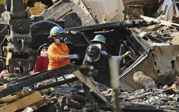 Надпотужний землетрус убив сотні мексиканців та розбудив вулкан