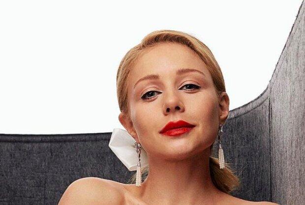 """Величезні груди Кароль ледь не випали на """"Танці з зірками"""": """"Українська Мерилін Монро"""""""