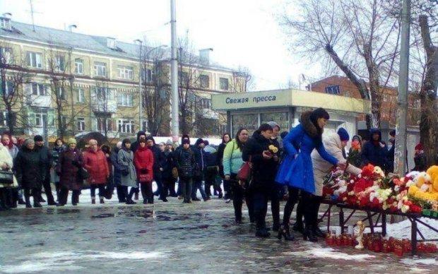 Кремль приховує правду: в Кемерово сотні людей вимагають відставки влади