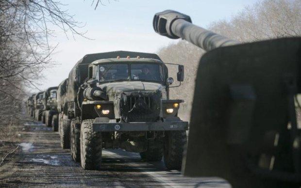 На Донбасс ворвалась колонна путинских боевиков: появилось видео