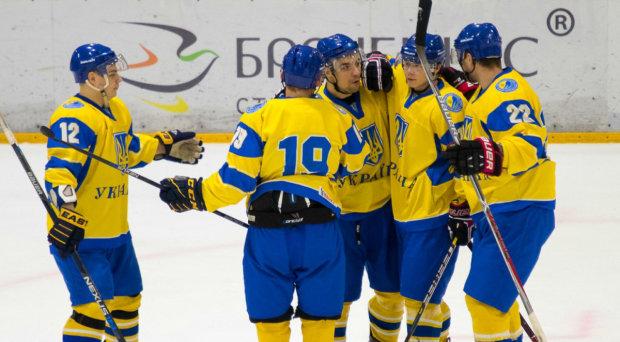 Збірна України прикро програла естонцям, але уникла ганьби на ЧС з хокею