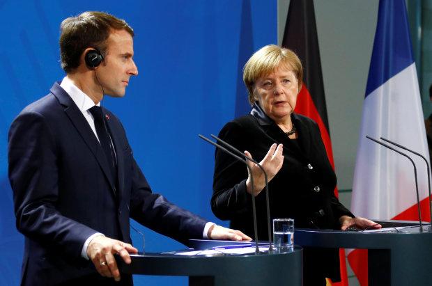 Меркель и Макрон призвали Россию освободить украинских моряков: Должны святкувавати дома