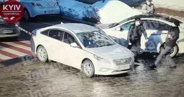 """У Києві жорстоко вбитий водієм пішохід виявився працівником митниці: """"Був скромним і порядним"""""""