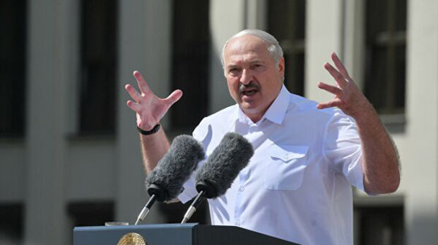 """""""Доведеться нести відповідальність"""", - опальний Лукашенко кинувся погрожувати Зеленському"""