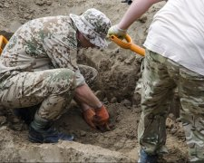 чорні археологи