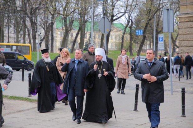 """Эпифаний едет во Львов за """"святой водой"""""""