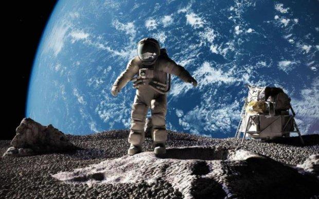 """""""А кому сейчас легко?"""": инопланетян выселили с Луны"""