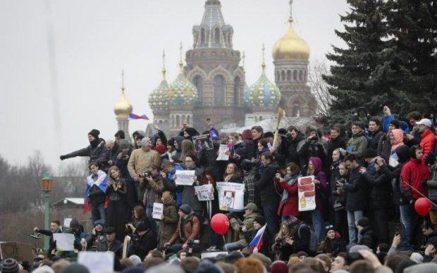 Неужели дошло? Россияне вышли на массовый протест против Путина