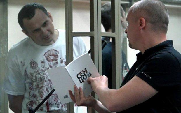 Как такое возможно: журналистка СТБ сочла Сенцова дизайнером