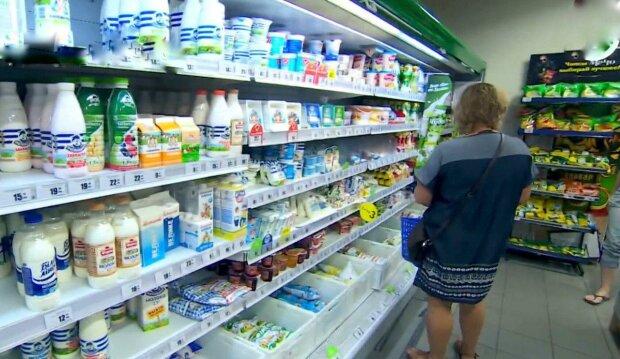 Днепровский супермаркет нагло отшил покупательницу - слишком молодая