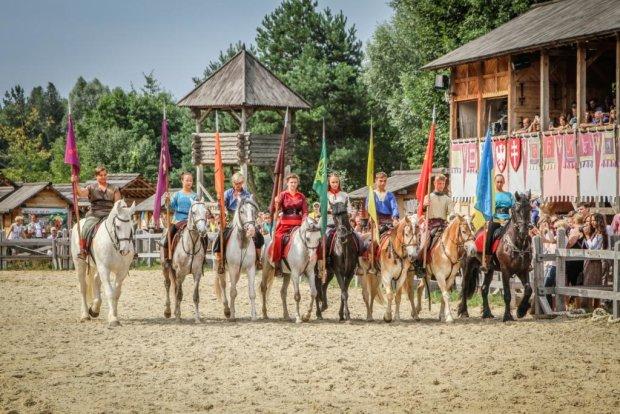Под Киевом покажут уникальных древних животных