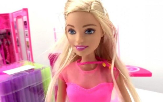 Недитяча Барбі: лялька з формами Кардашьян шокувала батьків